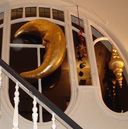 Terracotta deko weihnachtskugeln weihnachtsdeko for Weihnachtliche schaufenstergestaltung